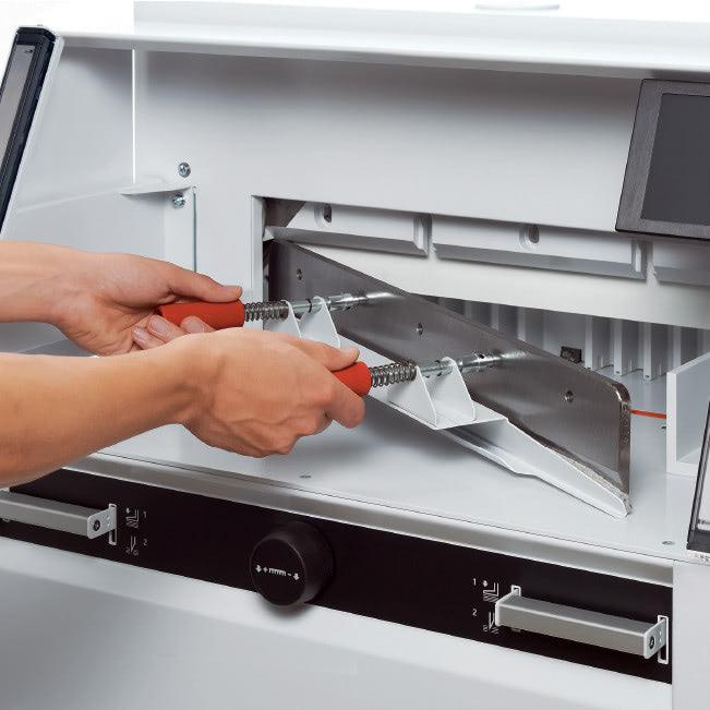 Elektrischer Stapelschneider IDEAL 6660 sicherer Messerwechsel